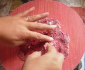 beet paratha folding 1
